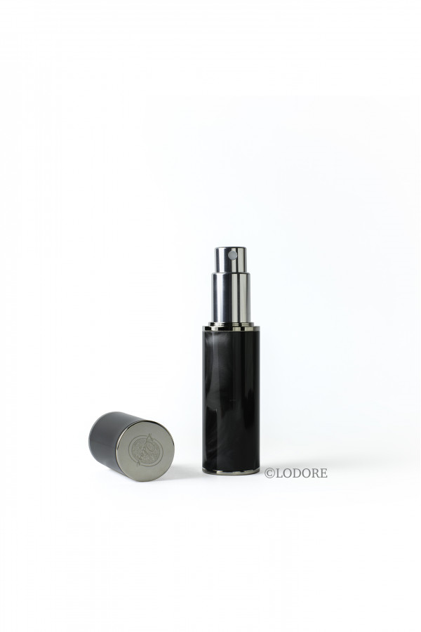 GREEN ACRYLIC RESIN PURSE ATOMIZER WITH SHADES