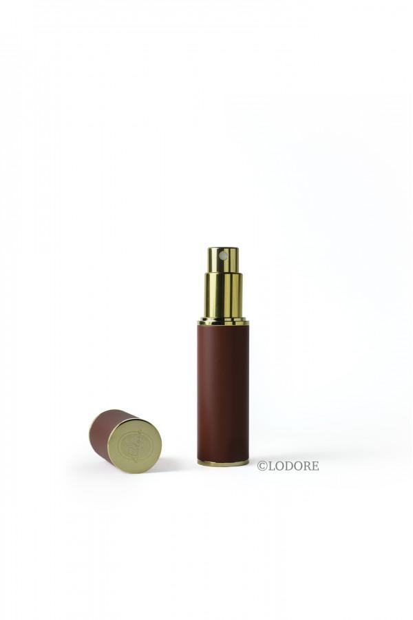 بخاخ الحقيبة - لون الطلاء عنابي مع محفظة المرذاذ وقمع للتعبئة